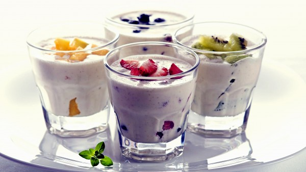 yogurt-and-fruit-2