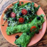 Špenátové bezlepkové slané palačinky se salátem